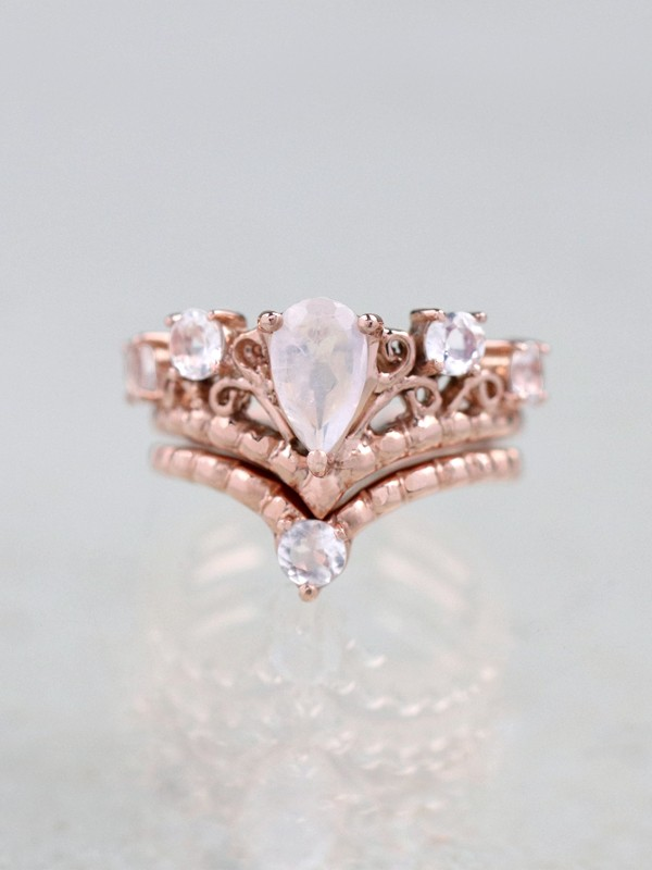 SET.Chevron Moonstone Dot Ring +Moonstone Crown Engagement Ring