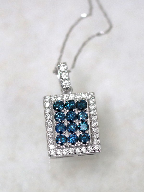 2.91CT Blue and White Diamond Solid 14 Karat Gold Bar Pendant