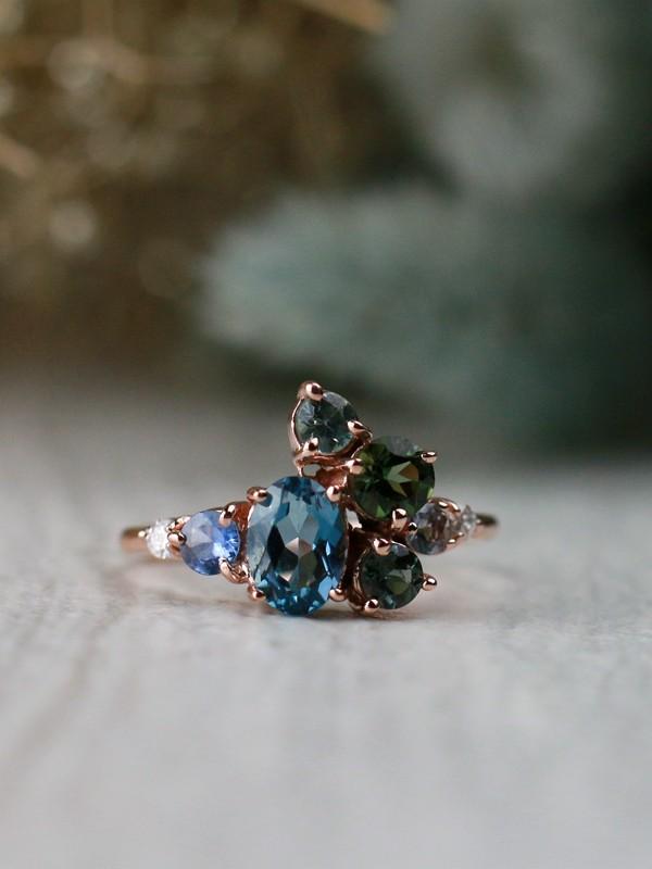 Natural Teal Oceanic Blue Gemstone Solid 14 Karat Gold Cluster Ring