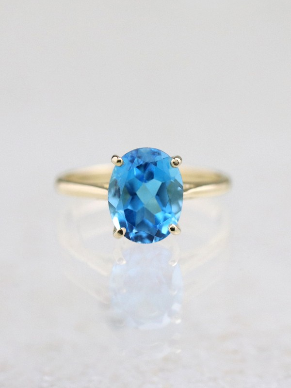 3.14CT Natural Blue Topaz Solid 14 Karat Gold Solitaire Ring
