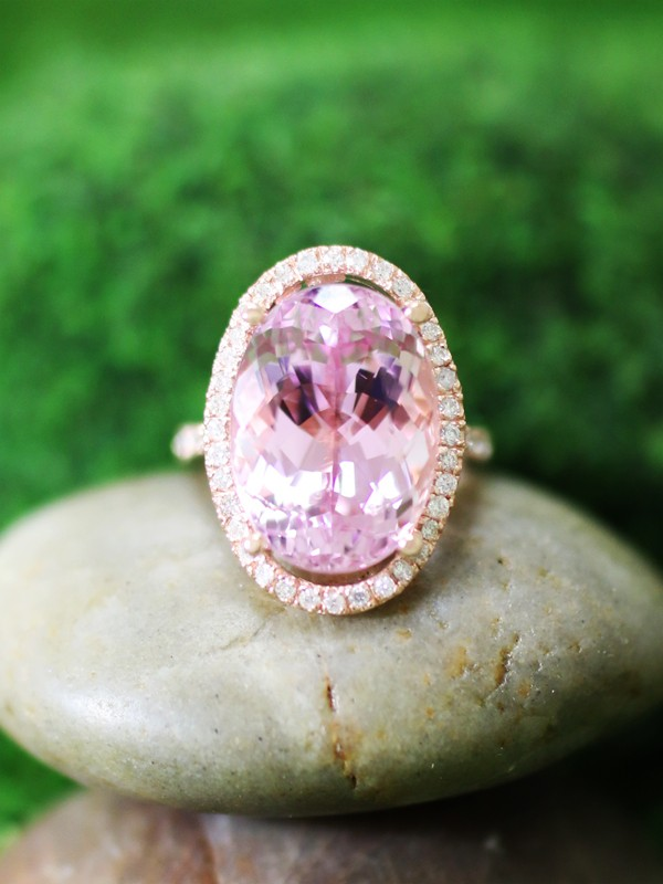 ONE-OF-A-KIND: Lilac-Pink Kunzite and Diamond Halo Cocktail <Prong> Solid 14K Rose Gold (14KR) Estate Ring