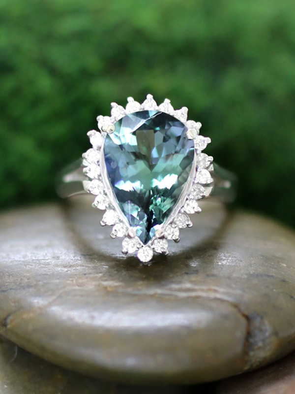 ONE-OF-A-KIND: Tanzanite and Diamond Cocktail <Prong> Solid 14K White Gold (14KW) Colored Stone Estate Ring