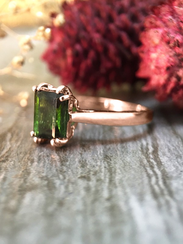 5x7MM Green Tourmaline Solitaire Engagement <Prong> Solid 14K Rose Gold (14KR) Colored Stone Wedding Ring **Fine Jewelry*