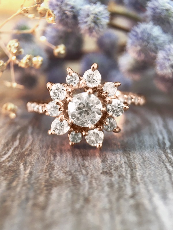 0.95CT Diamond Cluster Halo Engagement <Prong> Solid 14K Rose Gold (14KR) Affordable Floral Wedding Ring