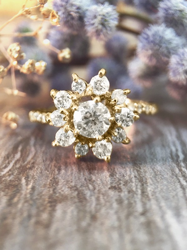 0.95CT Diamond Cluster Halo Engagement <Prong> Solid 14K Yellow Gold (14KY) Affordable Floral Wedding Ring