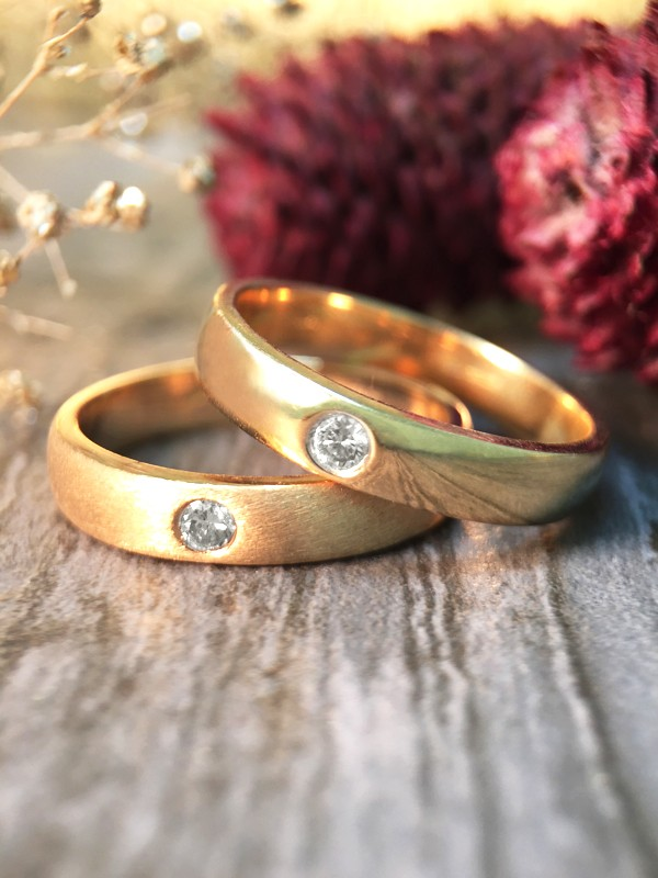 SET: Diamond Satin Finish and Polished Wedding Bands <Pave> Solid 14K Yellow Gold (14KY) Stackable Rings