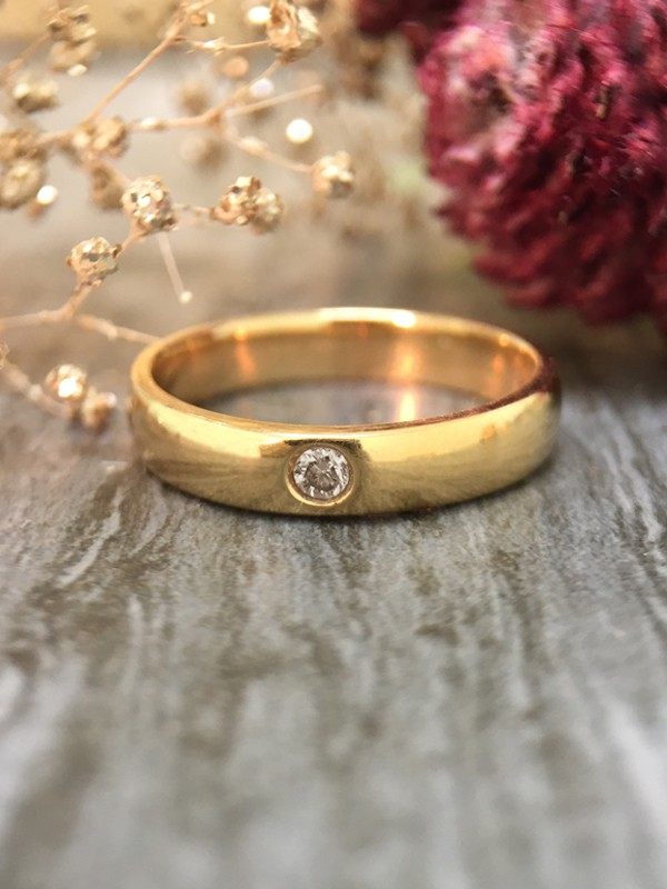 3.8MM Polished Diamond Solitaire Wedding Band <Pave> Solid 14K Yellow Gold (14KY) Unisex Engagement Ring
