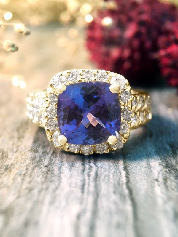 Tanzanite and Diamond Halo Cocktail <Prong> Solid 14K Yellow Gold (14KY) Colored Stone Engagement Wedding Ring