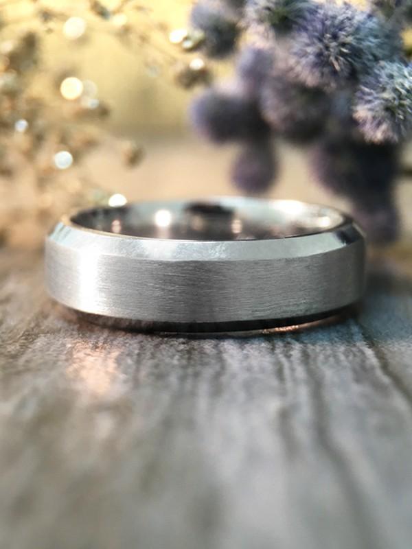 6MM Bevelled Satin Finish Wedding Band Solid 14K White Gold (14KW) Modern Men's Engagement Ring