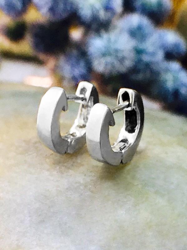 6MM Cartilage Hoop Solid 14K White Gold (14KW) Minimalist Petite Piercing Earrings