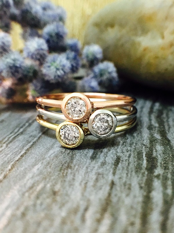 SET: Diamond Solitaire <Bezel on Top> Solid Tri-Tone Gold (14KW, 14KY, 14KR) Stackable Rings
