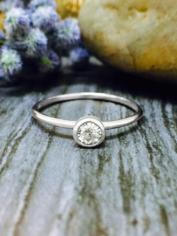 0.15CT Diamond Solitaire <Bezel on Top> Solid 14K White Gold (14KW) Stackable Ring