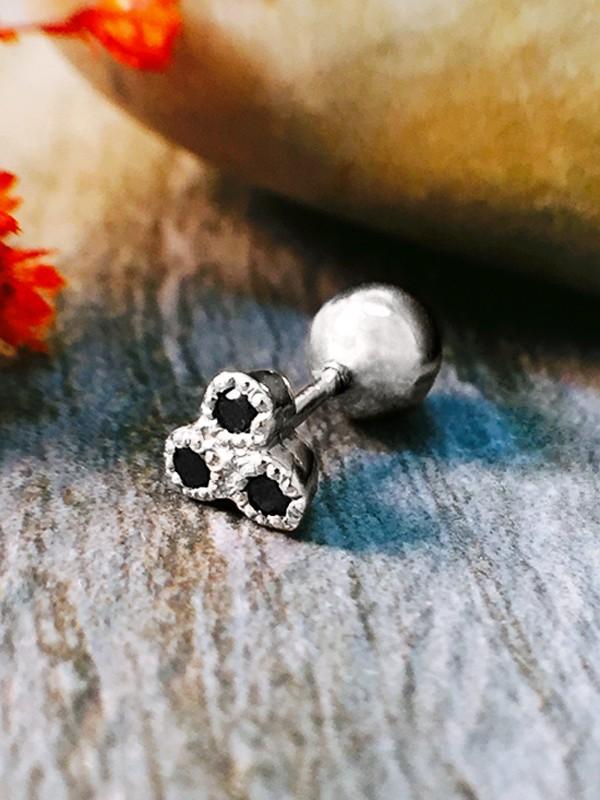 Black Diamond Cartilage Stud <Filigree Bezel> Solid 14K White Gold (14KW) Piercing Earring