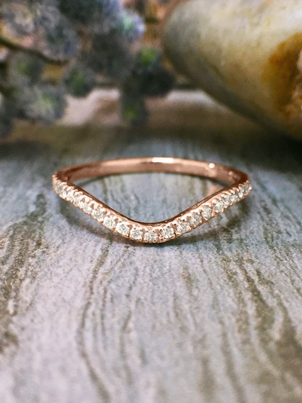 1.6MM Diamond Very Wavy Wedding Band <4 Prong> Solid 14K Rose Gold (14KR) Stackable Women's Engagement Ring