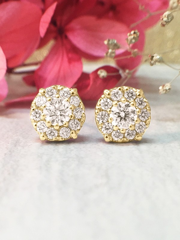 8.2x8.2MM Diamond Cluster Halo Stud <Prong> Solid 14K Yellow Gold (14KY) Earrings