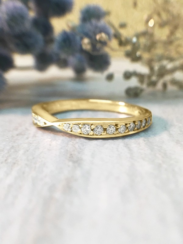 1.2-1.8MM Diamond Bow Tie Wedding Band <Prong> Solid 14K Yellow Gold (14KY) Stackable Women's Engagement Ring