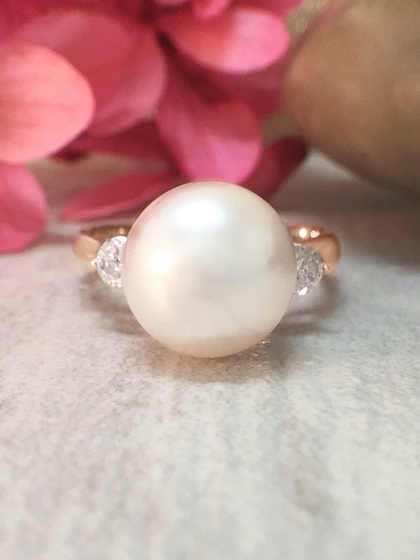 8MM Pearl and Diamond <Prong> Solid 14K Rose Gold (14KR) Estate Ring