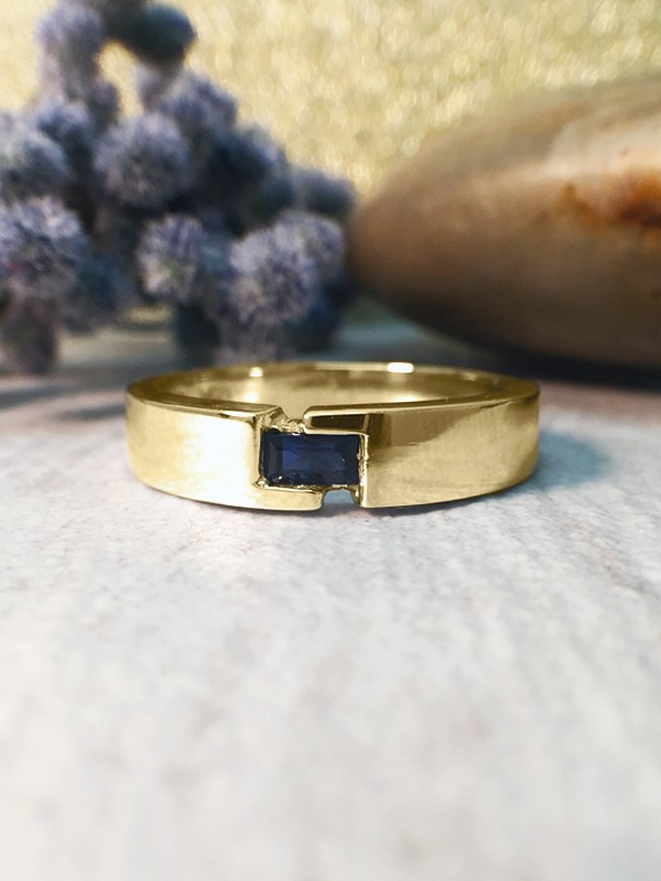 4-4.5MM Baguette Blue Sapphire Polished Wedding Band <Modified Bezel> Solid 14K Yellow Gold (14KY) Men's Ring