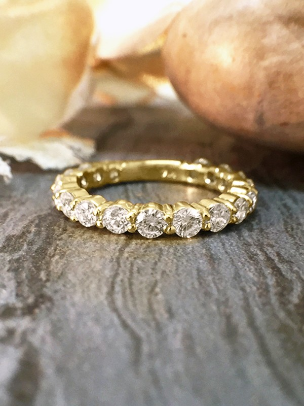 2.4MM Diamond Eternity with Sizing Bar Wedding Band <Shared Prong>Solid 14K Yellow Gold (14KY) Engagement Ring