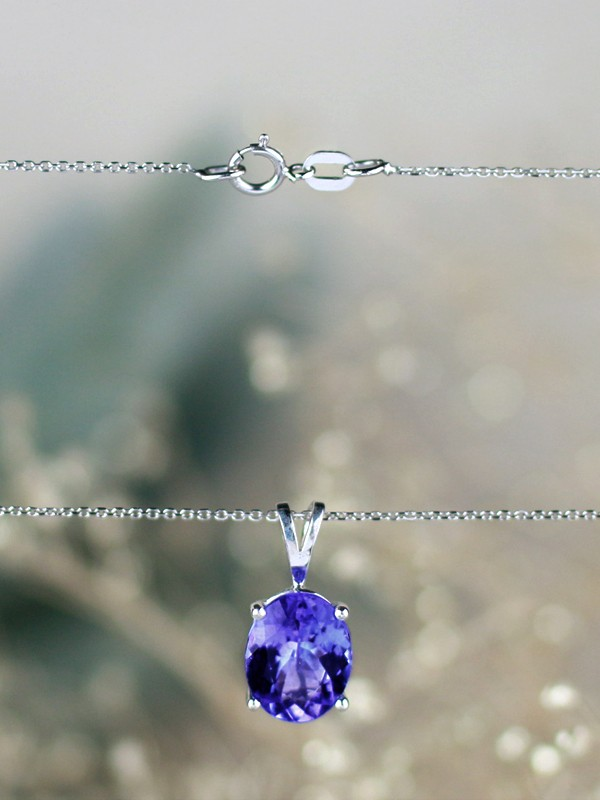 10x8MM Oval Solitaire Tanzanite Solid 14 Karat Gold Pendant Necklace