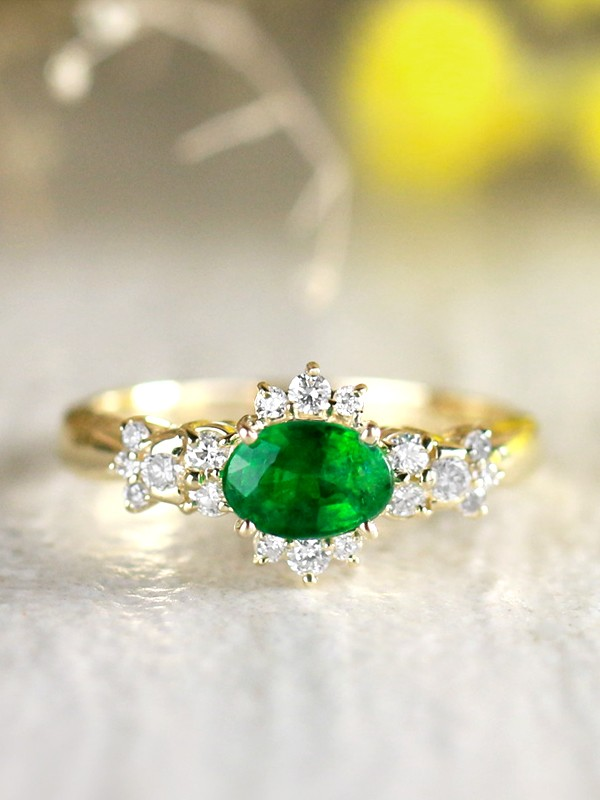 6x4MM Natural Emerald and Diamond Vintage Starlight Solid 14 Karat Gold Engagement Ring