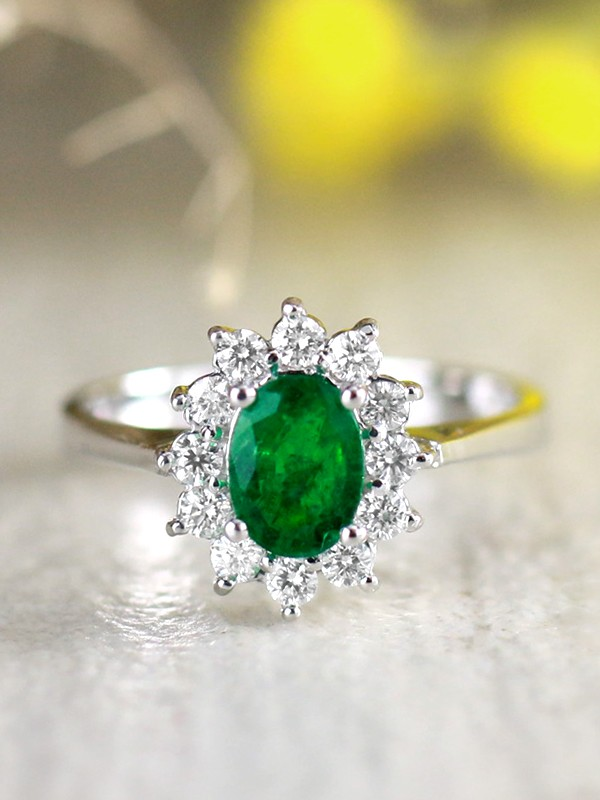 7x5MM Natural Emerald and Floral Diamond Halo Solid 14 Karat Gold Engagement Ring