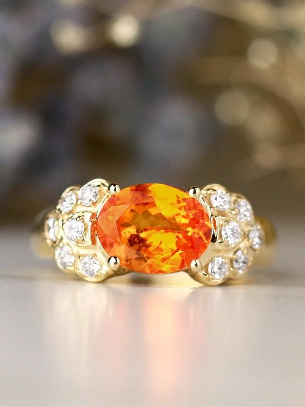 9x7MM Fanta Orange Natural Mandarin Garnet Solid 14 Karat Gold Cocktail Ring